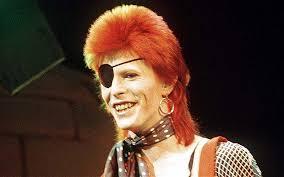 Bowie e seus personagens